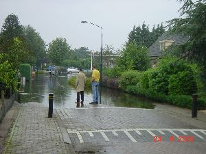 wateroverlast St Hubert2 aug 2002.JPG