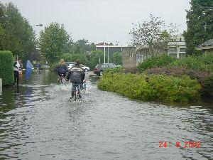 wateroverlast St Hubert3 aug 2002.JPG